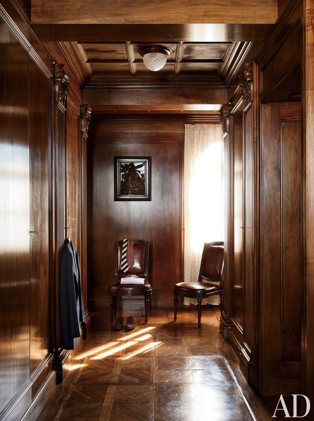 Traditional Dressing Room/Closet by Studio Peregalli in Oderzo, Italy