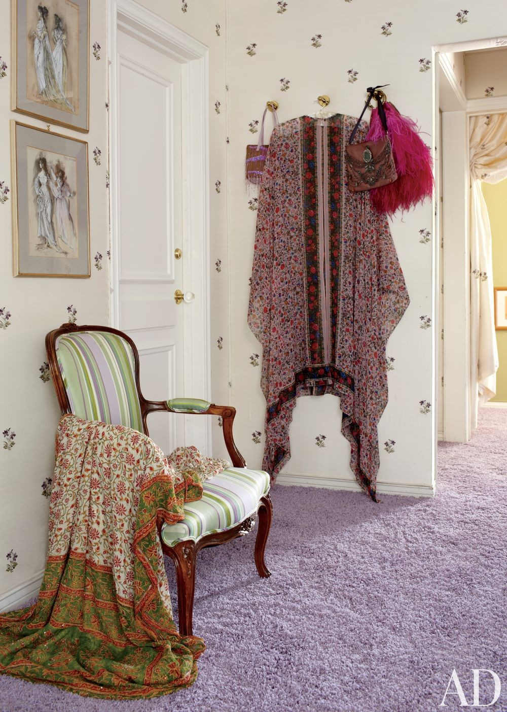 Traditional Dressing Room/Closet by Waldo\'s Designs in Bel Air, California