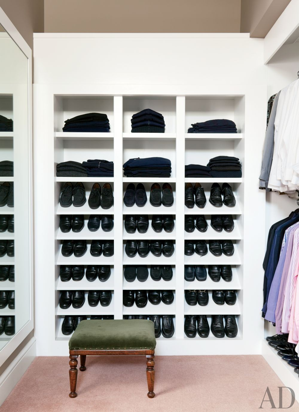 Traditional Dressing Room/Closet by Waldo\'s Designs in Beverly Hills, California