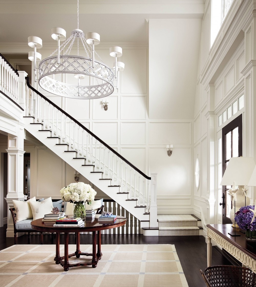 Traditional Entrance Hall by Alexa Hampton in Bridgehampton, NY