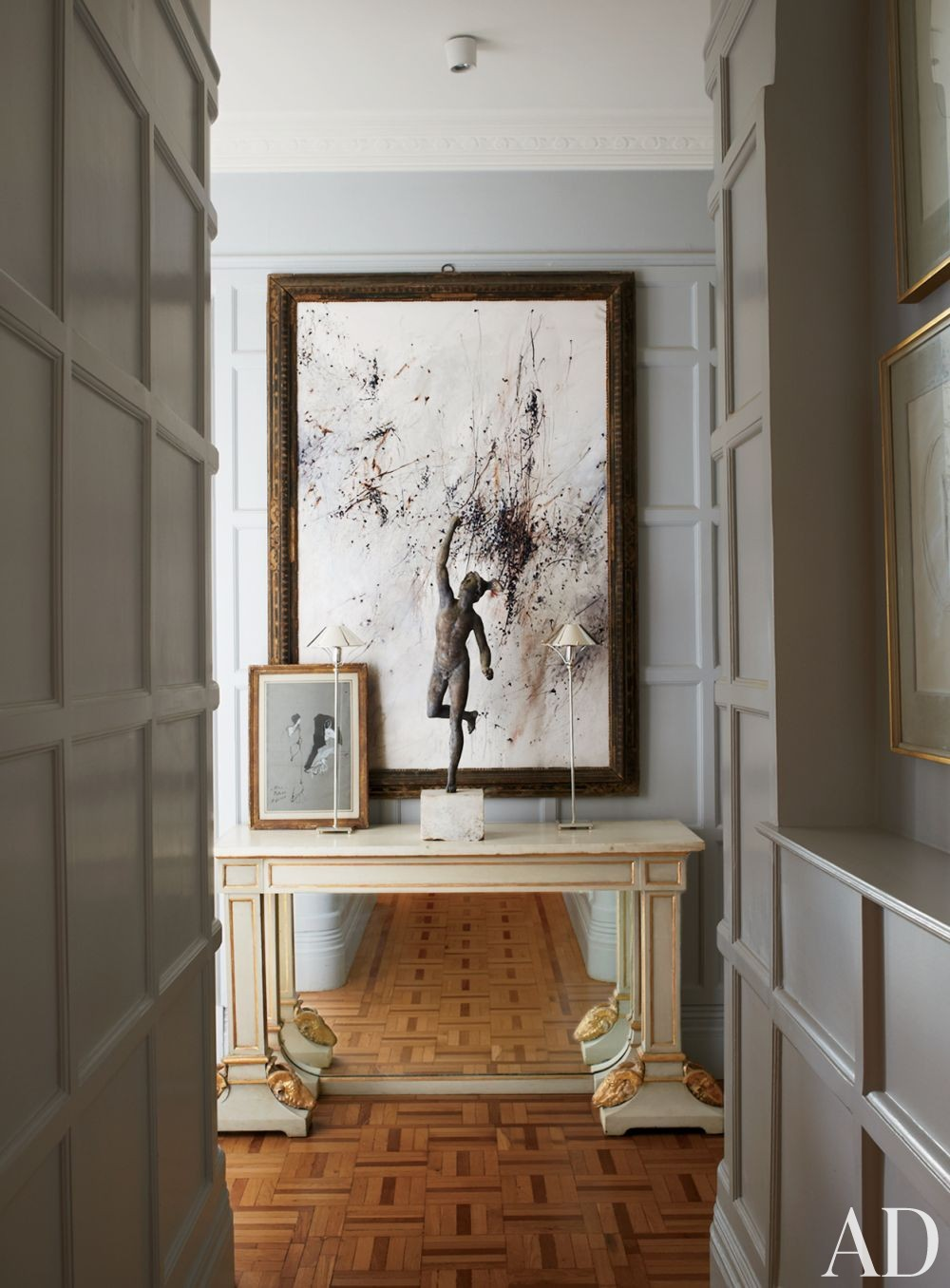 Traditional Entrance Hall by Paolo Moschino and Philip Vergeylen in London, England