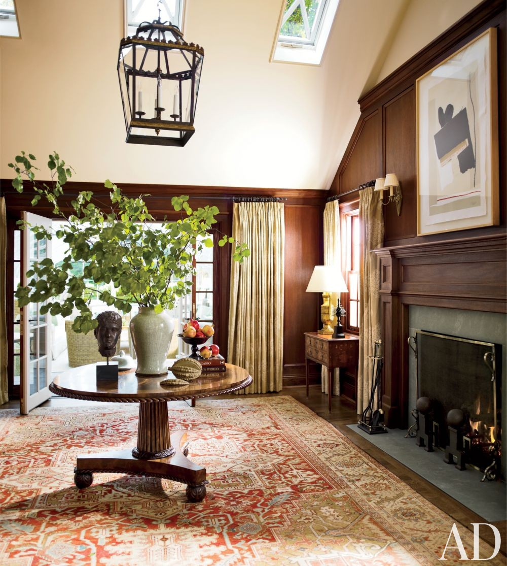 Traditional Entrance Hall by Timothy Corrigan Inc. in Lake Forest, Illinois