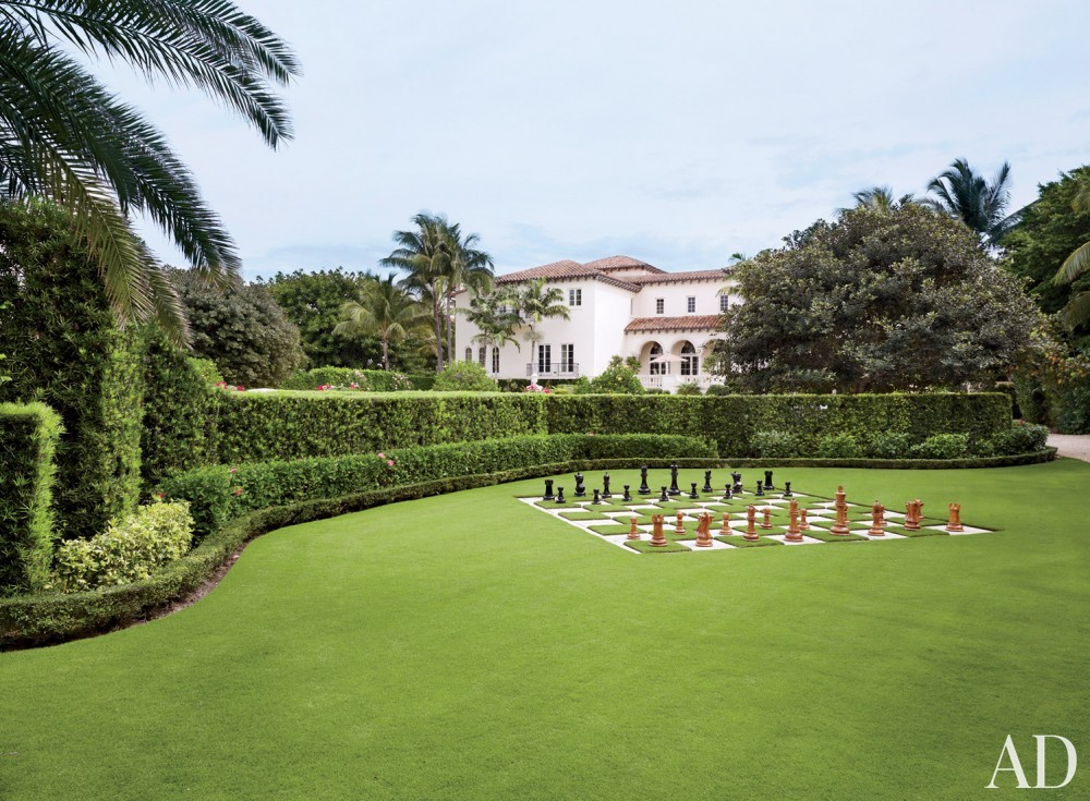 Traditional Exterior by David Easton Inc. and Addison Mizner in Palm Beach, FL