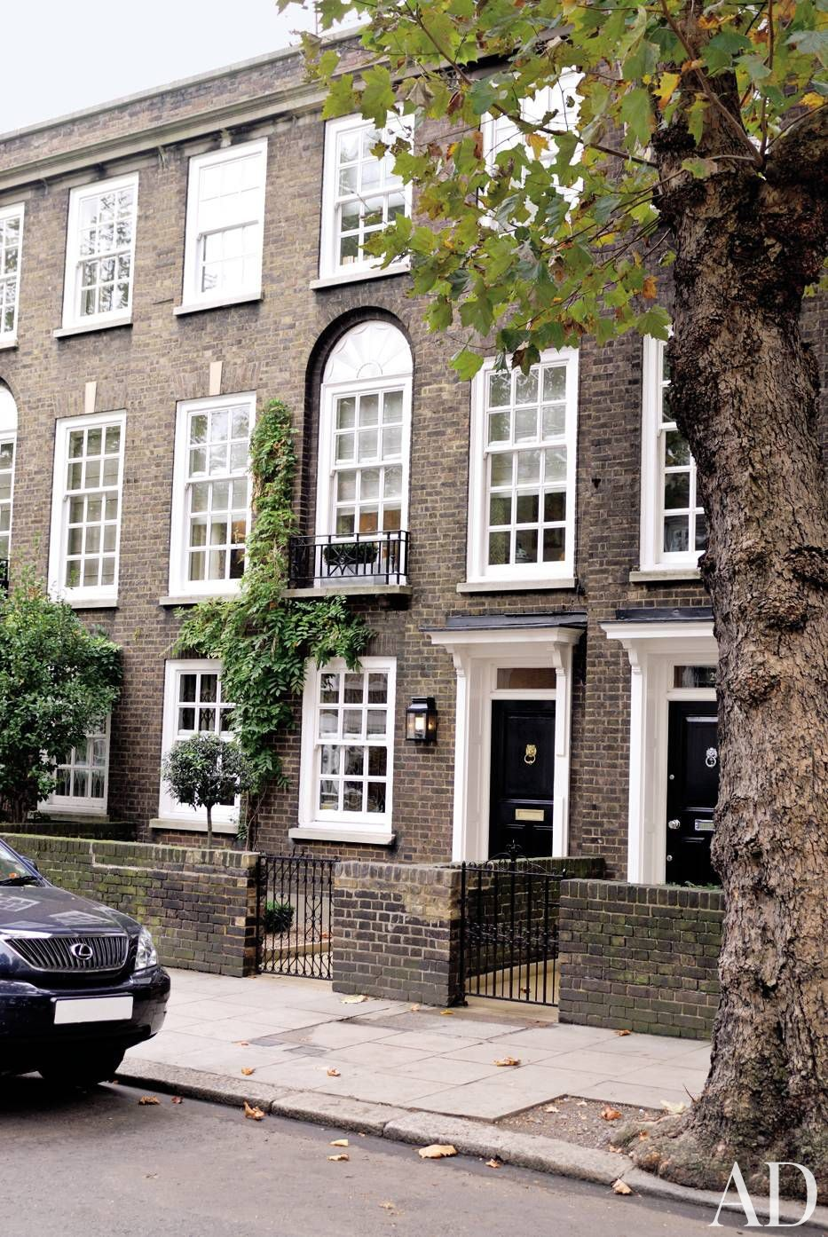 Traditional exterior by fox linton associates by for Georgian townhouse garden design