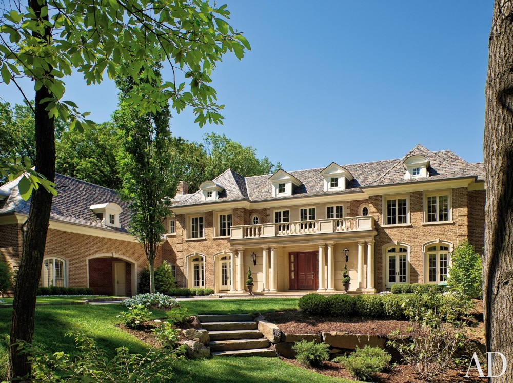 Traditional Exterior by Martin P. Mitchell and James Paragano in Alpine, New Jersey