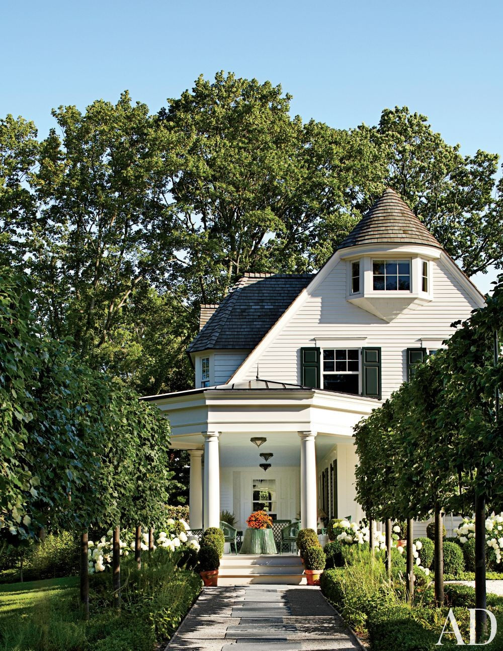 Traditional Exterior by Miles Redd and Knight Architecture in Greenwich, Connecticut