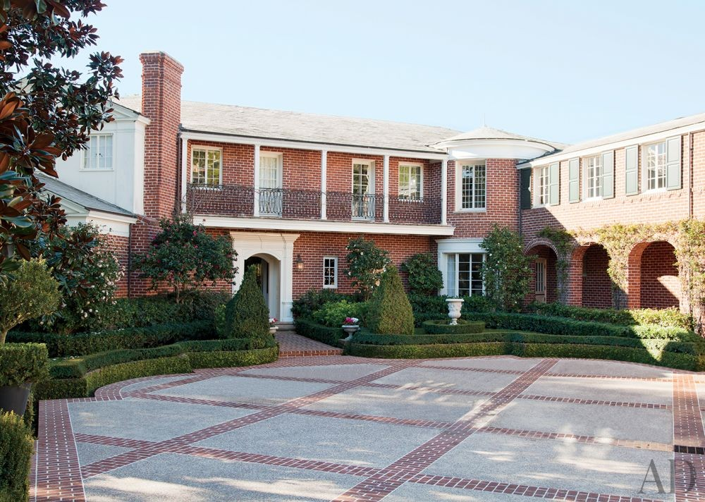 Traditional Exterior by Peter Dunham Design in Beverly Hills, California