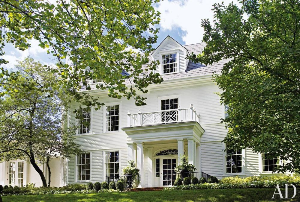 Traditional Exterior by Thomas Britt Inc. and Brian Smith in Missouri