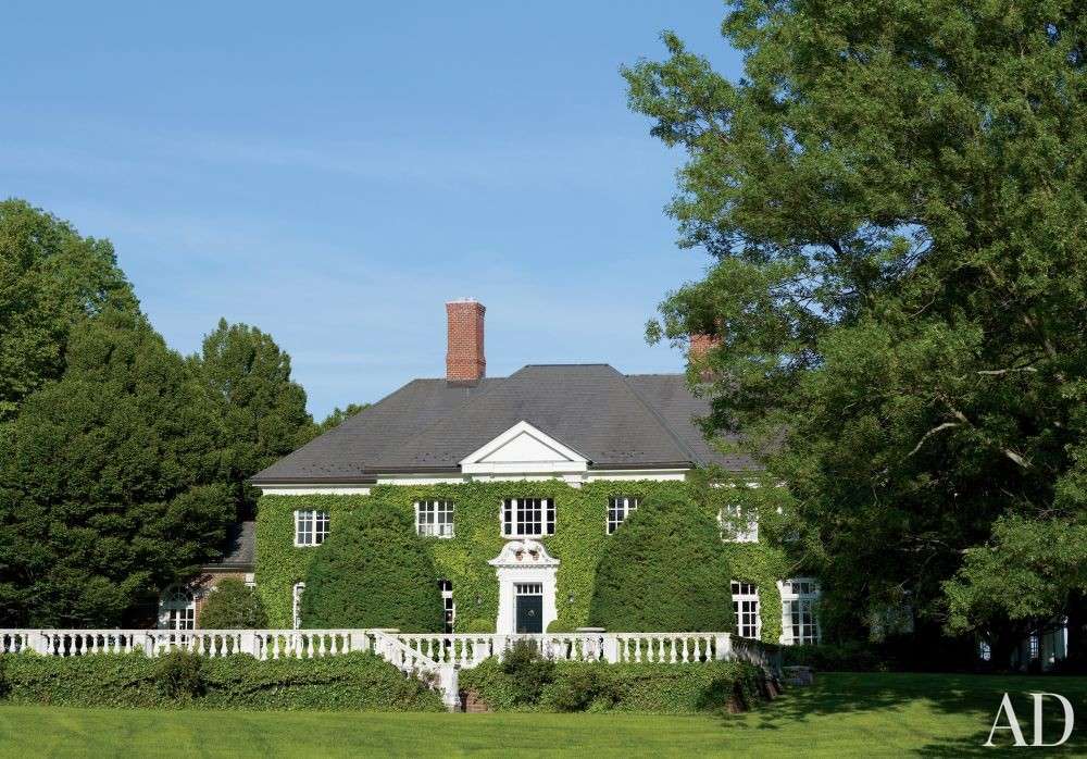 Traditional Exterior by Victoria Hagan in Southport, Connecticut
