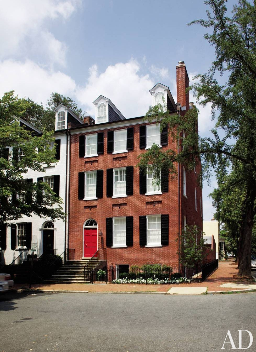 Traditional Exterior and Jacobsen Architecture in Washington, D.C.
