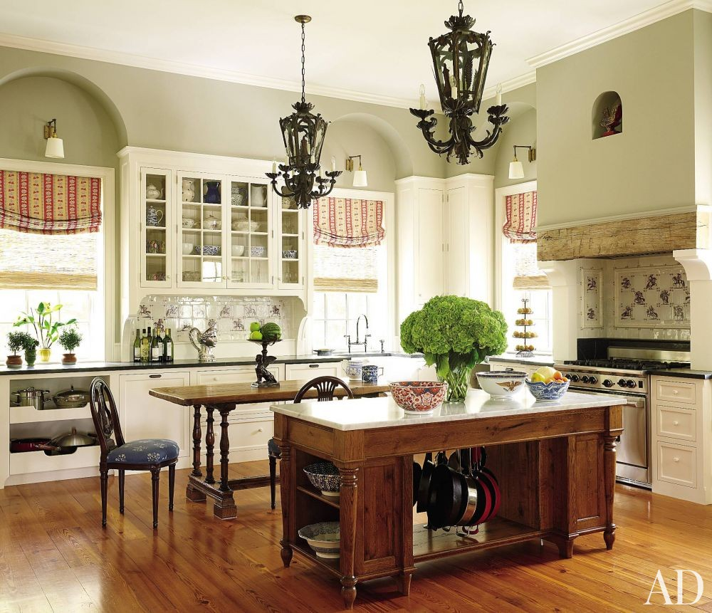 traditional kitchen by alison martin interiors ltd and jean perin