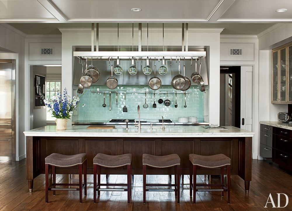 Traditional Kitchen by Gomez Associates Inc. and Kean Williams Giambertone in Long Island, New York