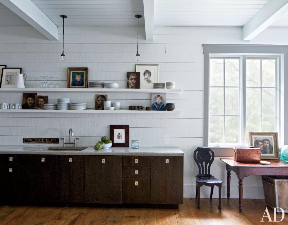 Traditional Kitchen by Monique Gibson Interior Design and Neil Gordon Architect in Daufuskie Island,South Carolina