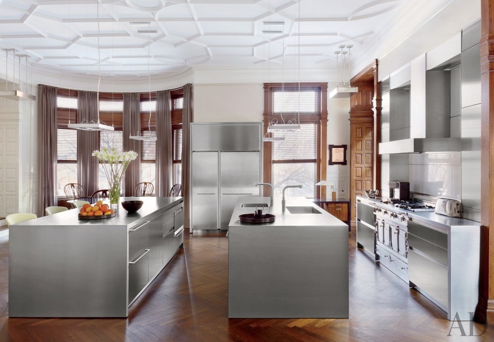 Traditional Kitchen by Thad Hayes Inc. and Dell Mitchell Architects in Boston, Massachusetts