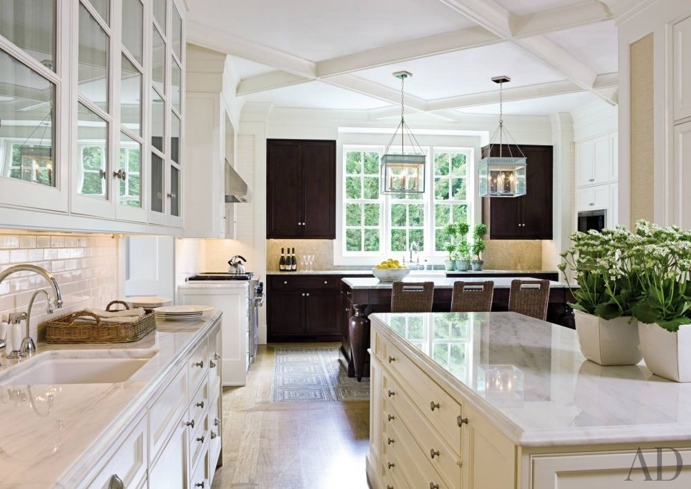 Traditional Kitchen by Thomas Pheasant in Virginia