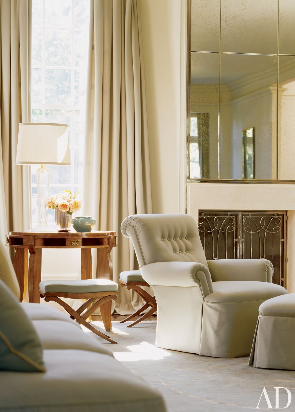 Traditional Living Room By Barbara Barry By Architectural