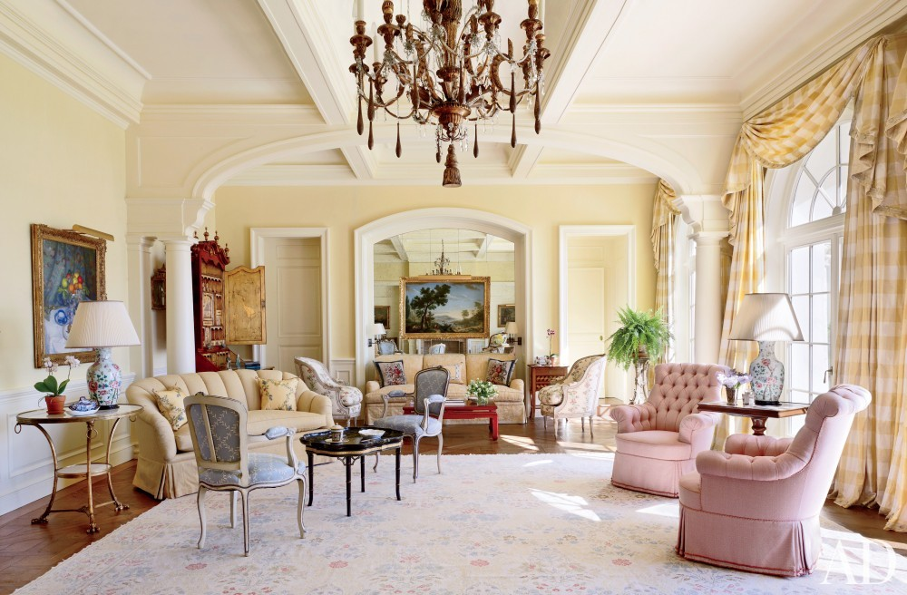 Traditional Living Room by David Easton Inc. and Addison Mizner in Palm Beach, FL