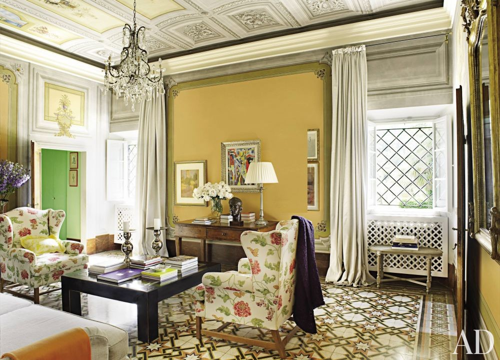Traditional Living Room by Dede Pratesi in Tuscany, Italy