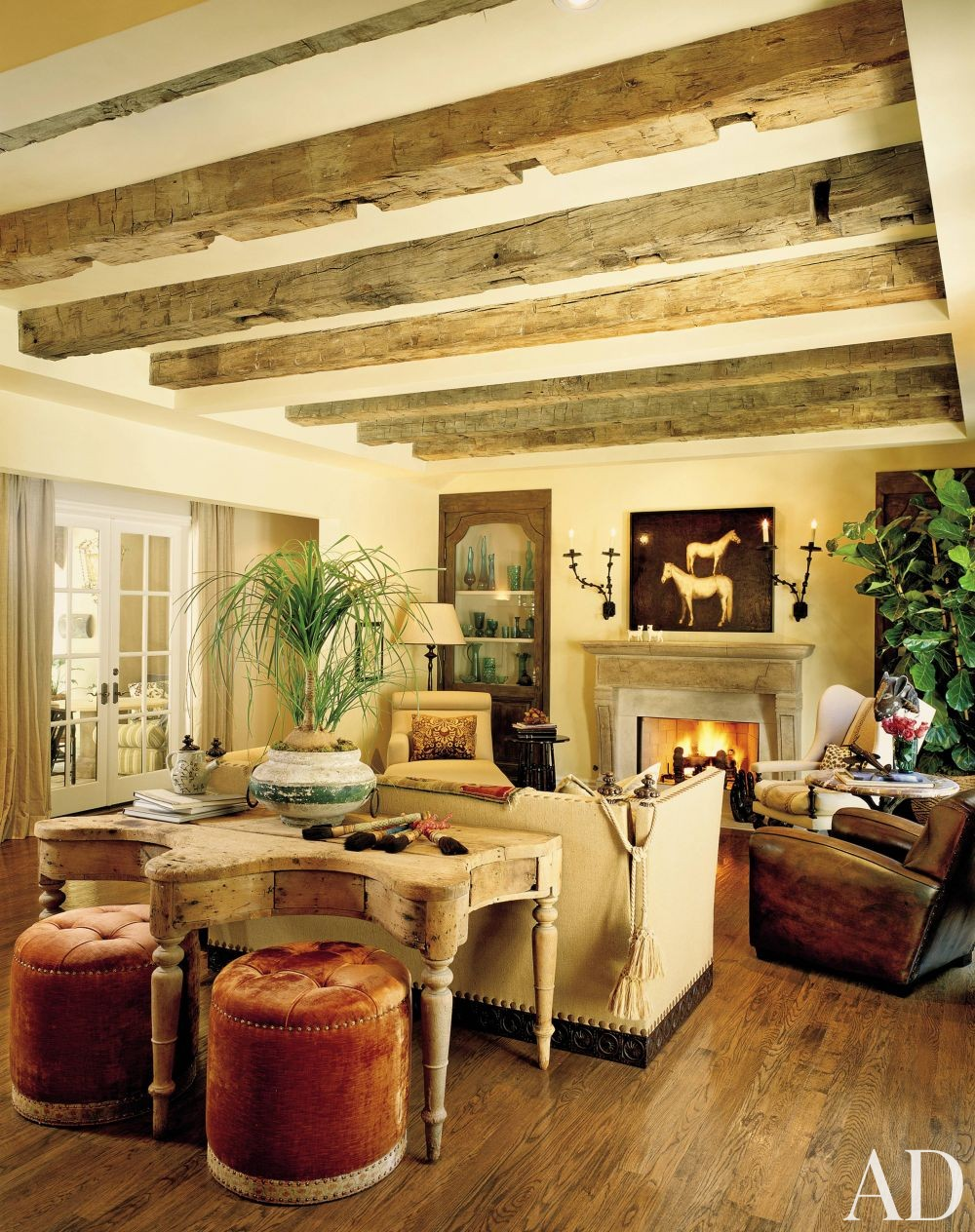 Traditional living room by everage design inc by for Family room los angeles