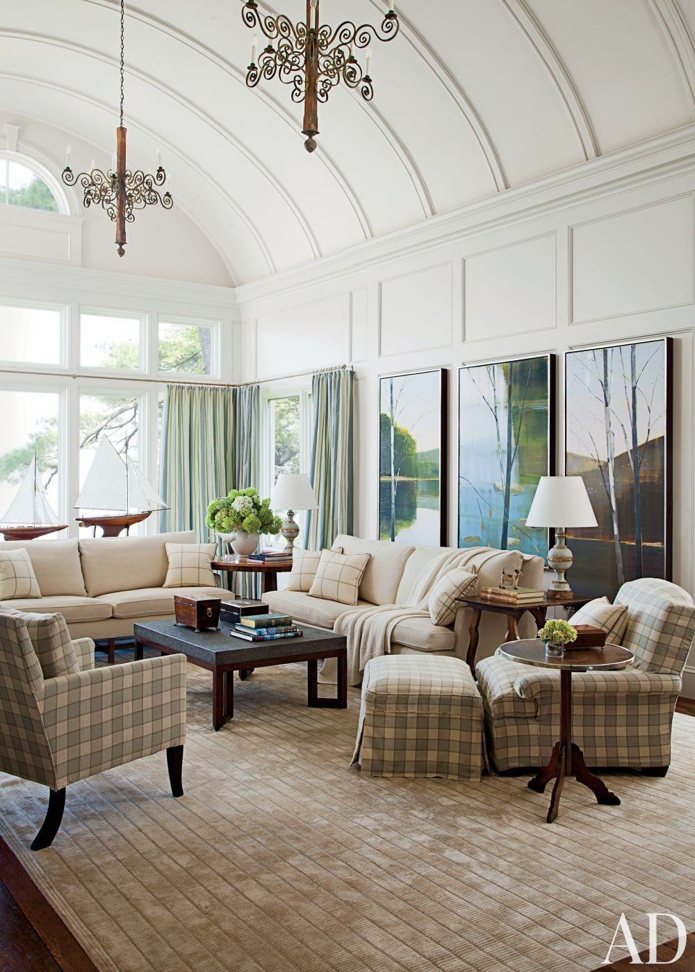Traditional Living Room by Gomez Associates Inc. and Kean Williams Giambertone in Long Island, New York