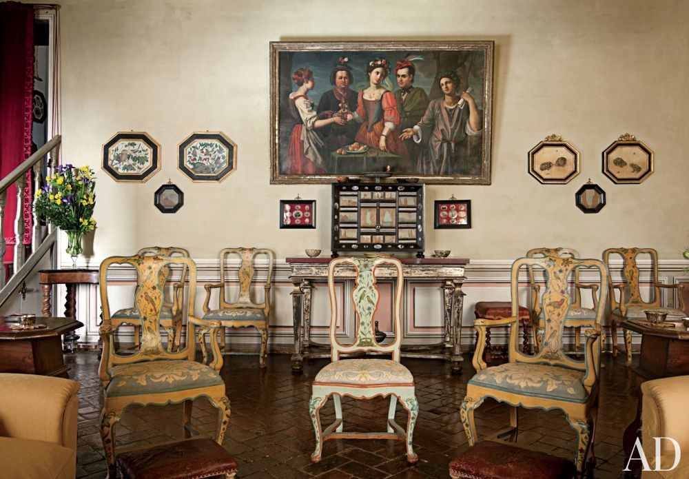 Traditional Living Room in Lazio, Italy