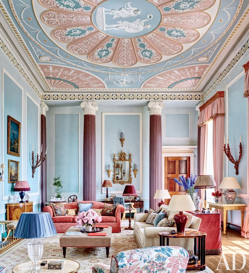 Traditional Living Room by Mark Gillette in Burley on the Hill, England