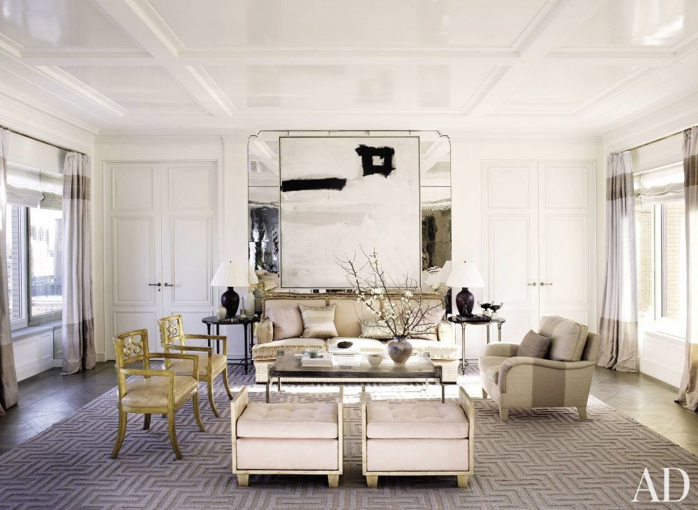 Traditional Living Room by Michael S. Smith Inc. and Ferguson & Shamamian Architects in New York City