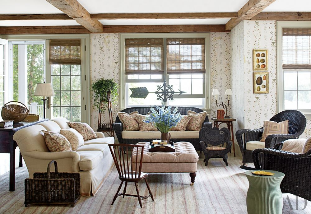 Traditional Living Room By Nantucket House Antiques And Interior Design Studi