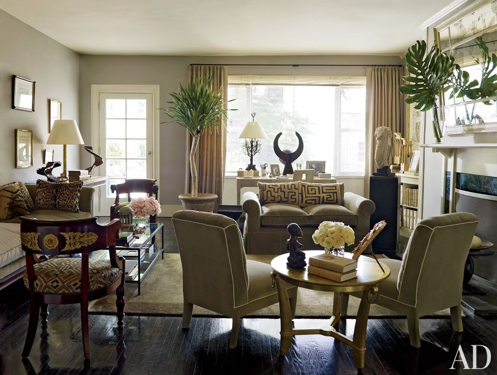 Traditional Living Room in New York, New York