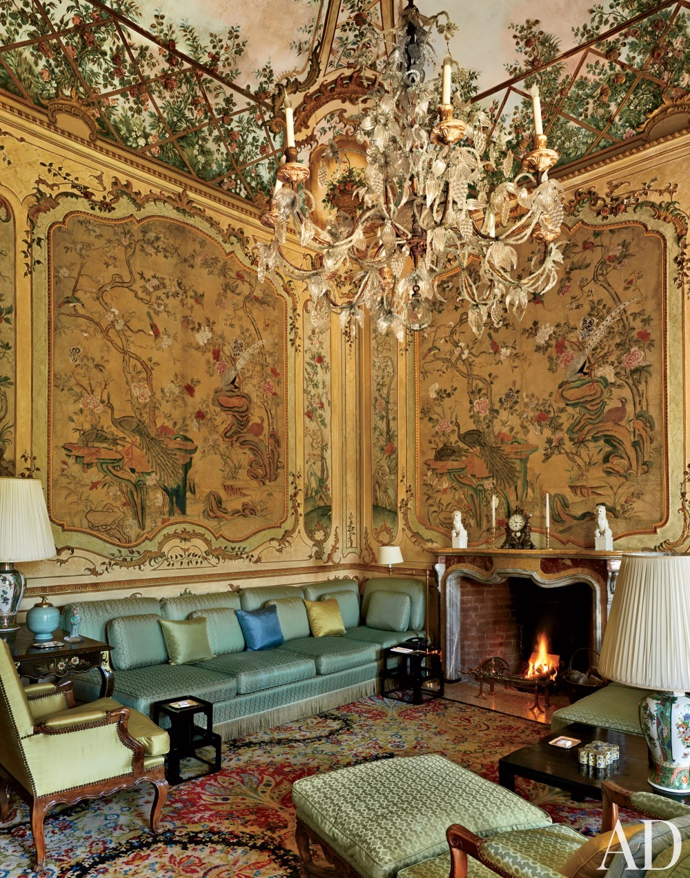 Traditional Italian Living Room Sets: AD DesignFile - Home Decorating Photos