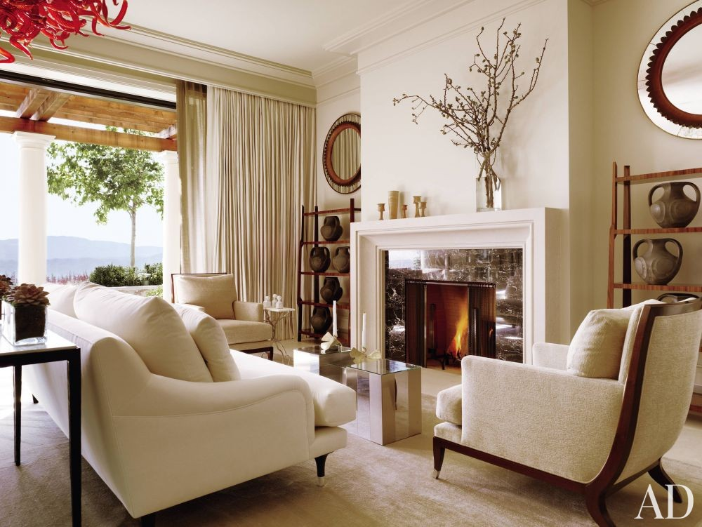 Traditional Living Room by The Wiseman Group and B.A.R. Architects in Napa Valley, California