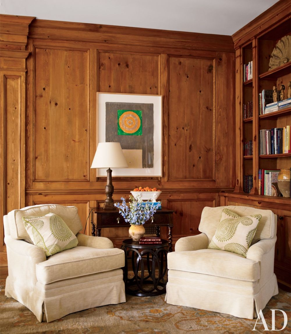 Traditional Living Room by Timothy Corrigan Inc. in Lake Forest, Illinois