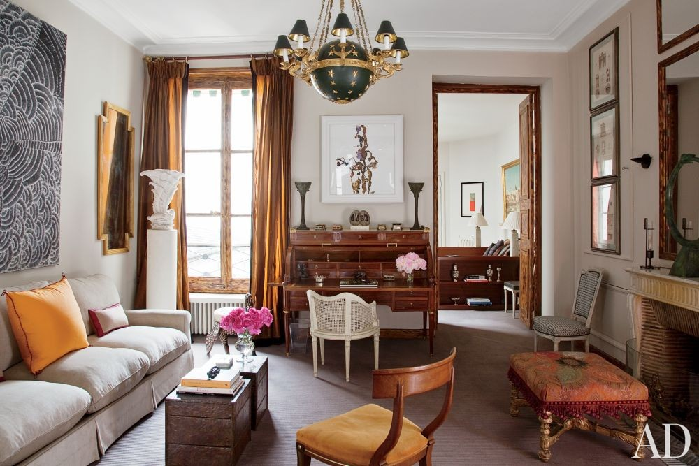 Traditional Living Room by Tino Zervudachi in Paris, France