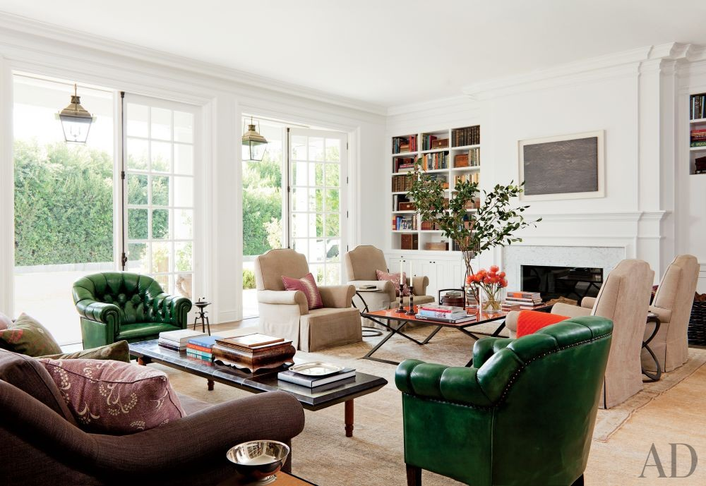 Traditional Living Room by Waldo\'s Designs in Beverly Hills, California