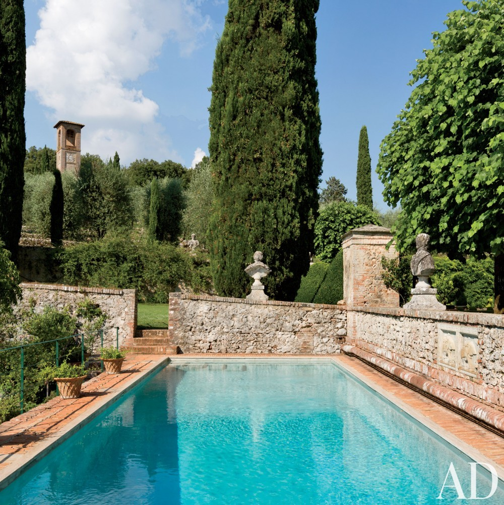 Traditional Pool by Camilla Guinness and Bolko von Schweinichen in Tuscany, Italy