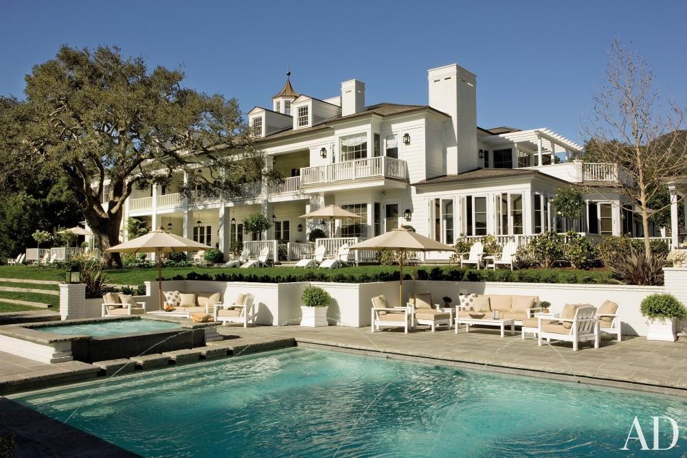 Traditional Pool by David Phoenix and Don Nulty in Santa Barbara, California