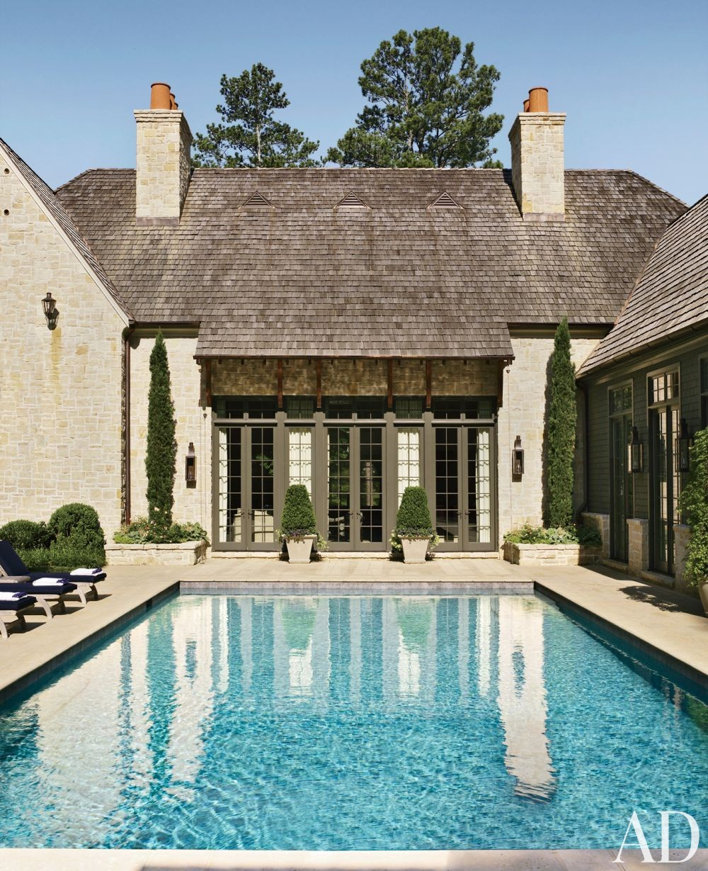 Traditional Pool By Suzanne Kasler Interiors By Architectural Digest Ad Designfile Home
