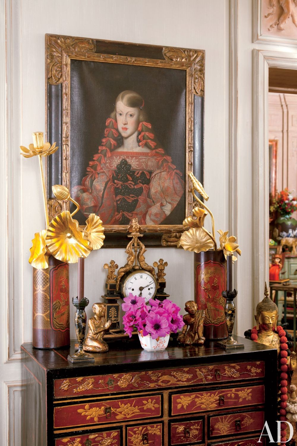 Traditional Staircase/Hallway by Iris Apfel in New York, New York