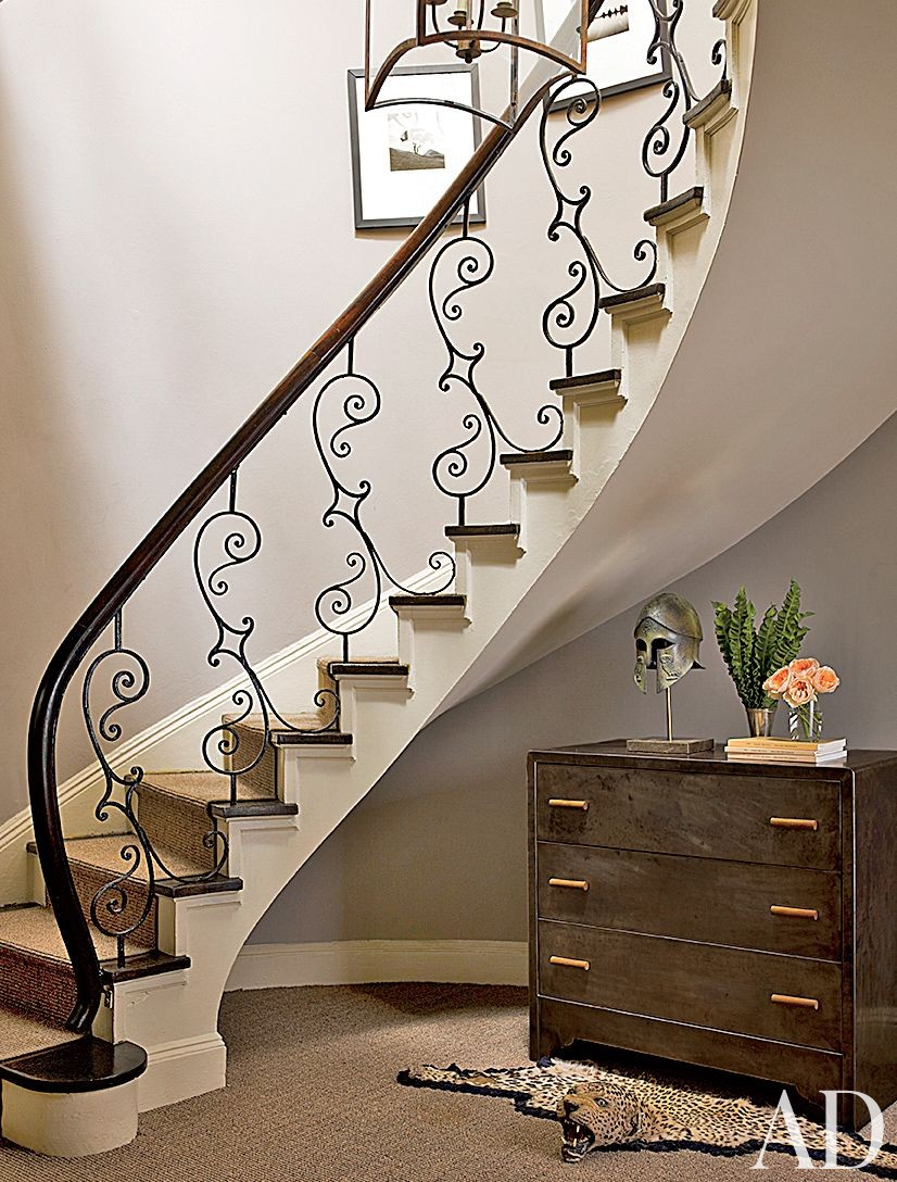 Traditional Staircase/Hallway in New York, New York
