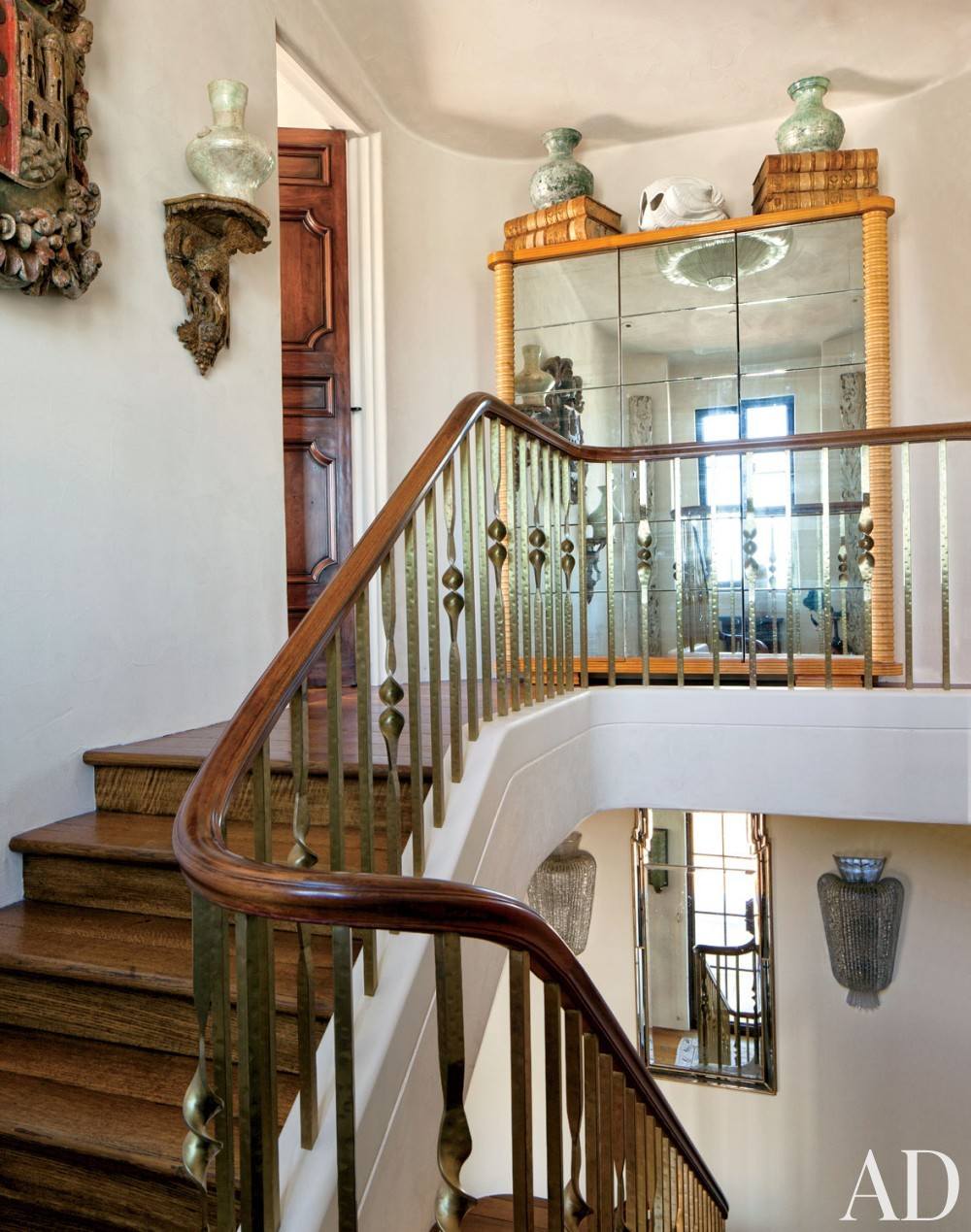 Traditional Staircase/Hallway and BAR Architects in San Francisco, California