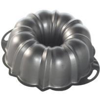 Nordic Ware Pro Form Bundt Cake Pan