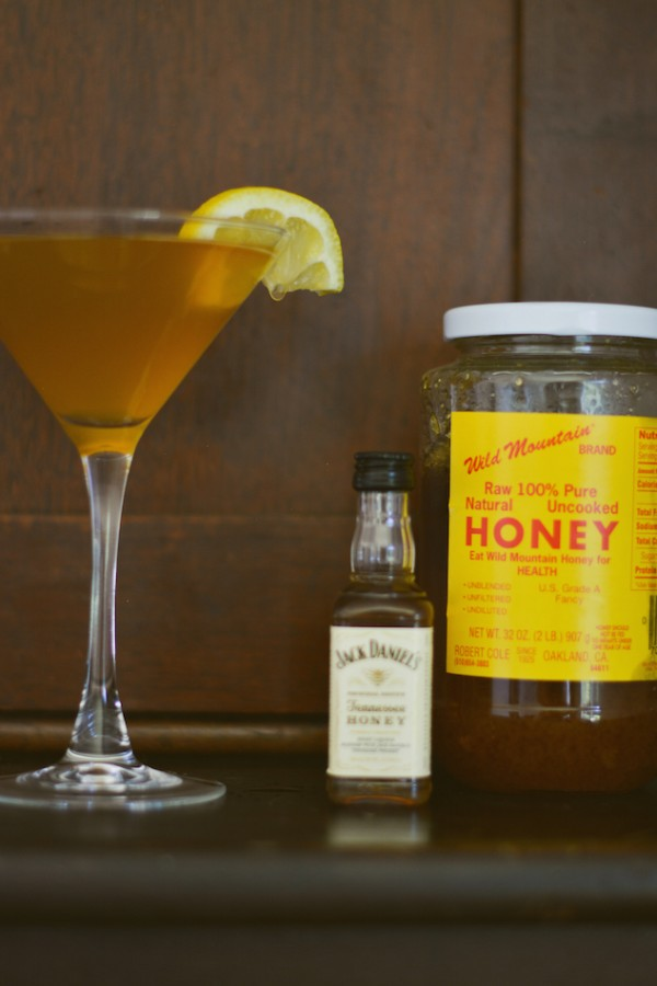 Bee-Stinger-Craft-Cocktail-Recipe