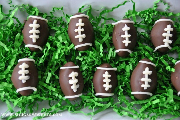 Homemade Peppermint Patties- shape these in traditional discs or make them as a football treat! #gameday #copycat #peppermintpatty www.shugarysweets.com