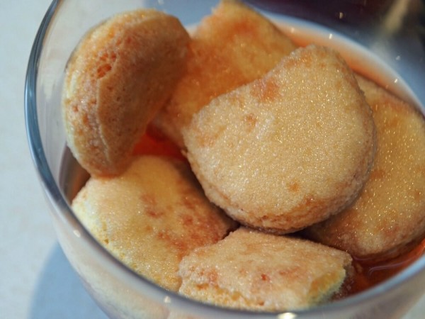 Negroni trifle sponge