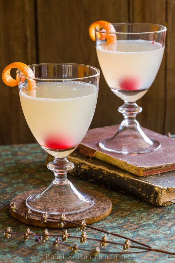 Corpse Reviver (No. 2) Cocktail
