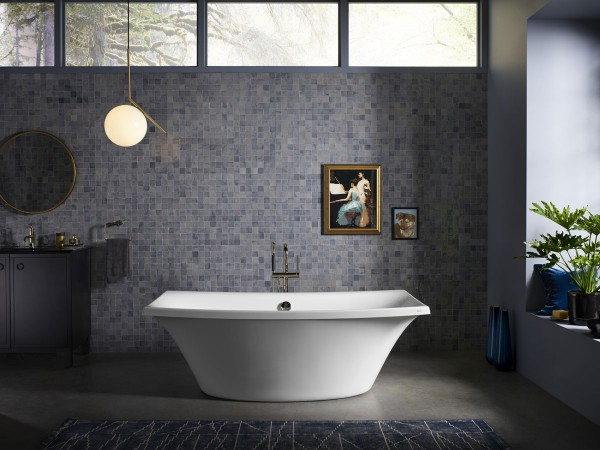 Escale freestanding bath    Purist bath filler    Inspired by Japanese ceramic tableware, Escale® becomes a centerpiece for any contemporary bathroom that embraces modern appeal.