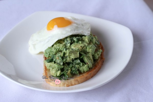 Smashed Avocado Egg Toast1