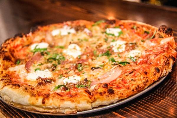 Coppa - Salsiccia Pizza