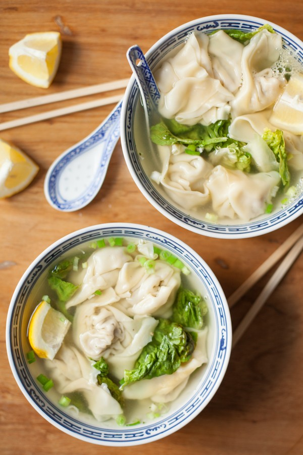 Soy free wonton soup is a refreshing meal perfect after a long day of work or travel. The filling is made of ground meat, lots of ginger and other aromatic ingredients.