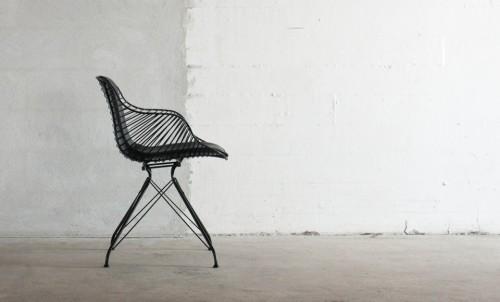 Wire Dining Chair is a minimalist design created by Denmark-based designer Overgaard & Dyrman. (8)